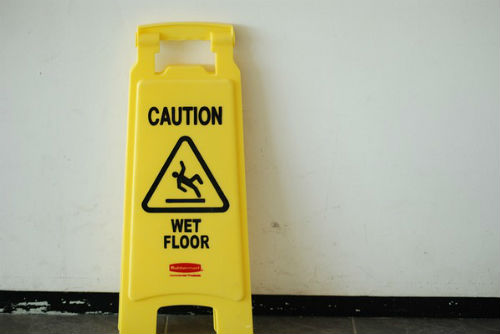 What is the difference between a slip & fall and a trip & fall?